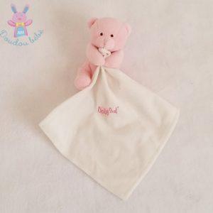 Doudou Ours rose bonbon mouchoir blanc BABY NAT