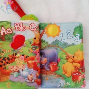 Le livre tout doux des saisons Winnie éveil bébé VTECH