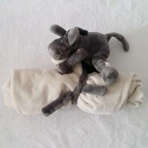 Doudou Ane Paco ma première couverture gris foncé nougat NOUKIE'S