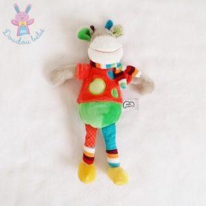 Doudou Girafe Zoé rouge vert multicolore MOTS D'ENFANTS