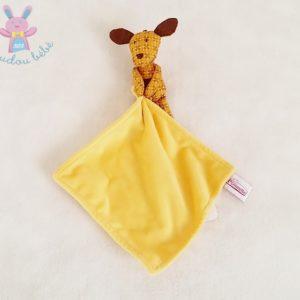 Doudou Chien marron fleur mouchoir jaune POMMETTE