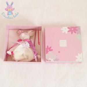Souris plat Pearly blanc rose attache tétine DOUDOU ET COMPAGNIE
