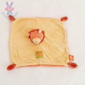 Doudou plat Lion jaune orange Loustics MOULIN ROTY