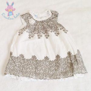 Robe blanche fleurs bébé fille 9 MOIS
