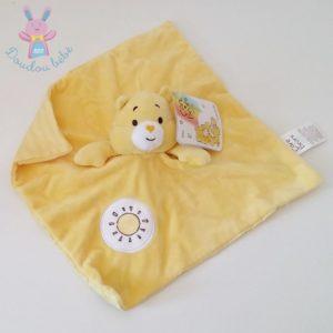 Doudou plat Bisounours jaune soleil rayé CARE BEARS