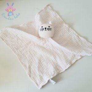 Doudou plat Chat tissu lange coton rose pâle BOUT'CHOU
