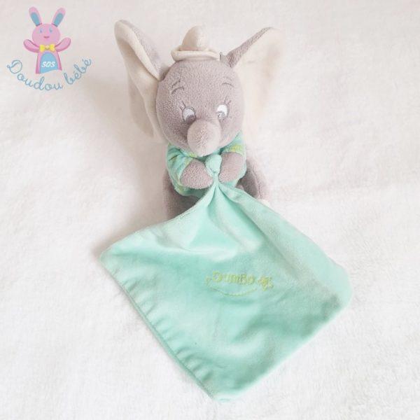 Doudou Dumbo gris mouchoir vert luminescent DISNEY