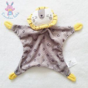 Doudou plat Lion grelot gris étoiles blanc jaune ZEEMAN