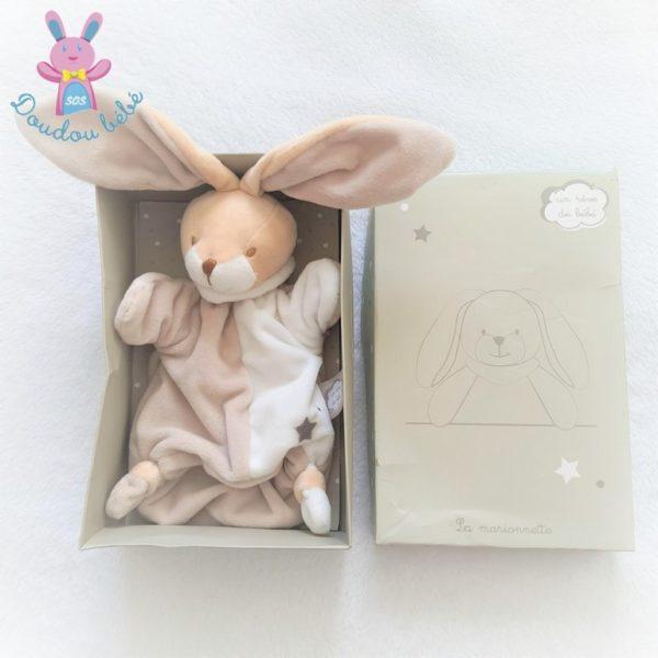 Doudou marionnette lapin beige blanc Un rêve de bébé