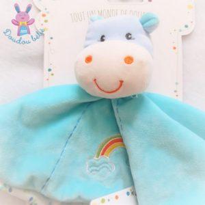 Doudou plat Hippopotame bleu arc en ciel attache tétine GIPSY