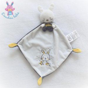Doudou Lapin Trop mignonne cape blanc gris jaune MOTS D'ENFANTS