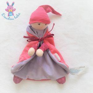 Doudou plat Lutin Poupée bonnet cape rose fuchsia mauve COROLLE