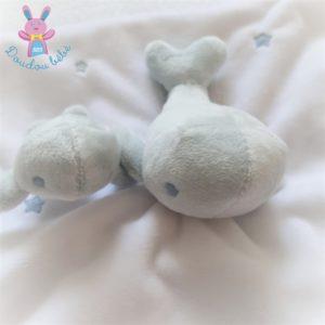 Doudou plat Baleine et bébé blanc bleu étoiles SERGENT MAJOR