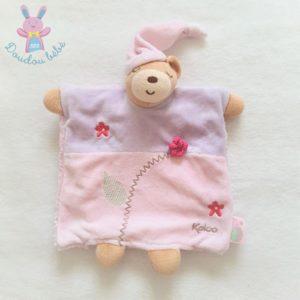 Doudou Ours Lilirose marionnette rose mauve fleurs KALOO